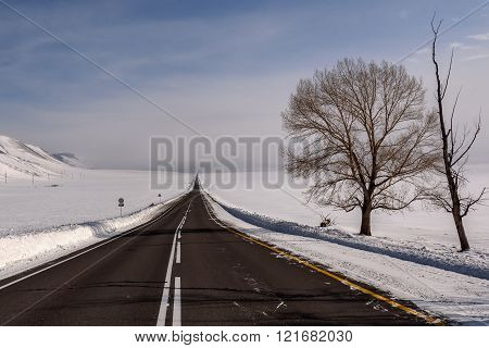 Mountain Road Snow Steppe Winter