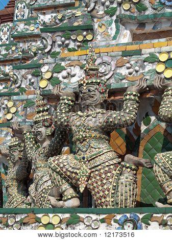 Estatua de hombro de Mara