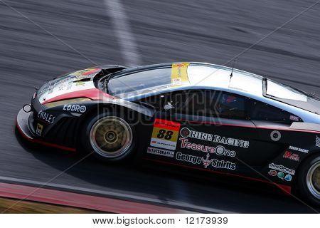 SEPANG, Malásia - 21 de junho: O RIRE Lamborghini RG-3 carro (88) em ação durante o Super GT Interna