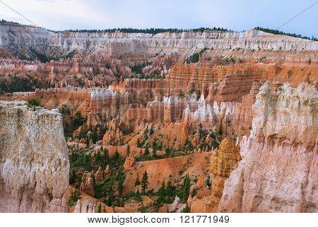 Bryce Canyon before sunrise, Utah, USA
