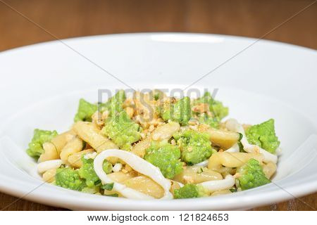 Cavatelli With Broccoli, Squid And Bagels