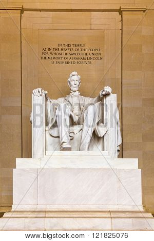 WASHINGTON, USA - AUG 23, 2013: Statue of Abraham Lincoln in Memorial in Washington