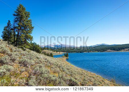 Meadowlark Lake View