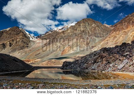 Himalayan landscape with mountain lake in Himalayas along Manali-Leh highway. Himachal Pradesh, India