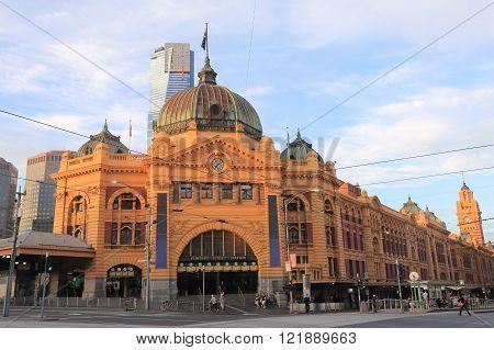 MELBOURNE AUSTRALIA - FEBRUARY 13, 2016: Melbourne Flinders Street Train Station Australia