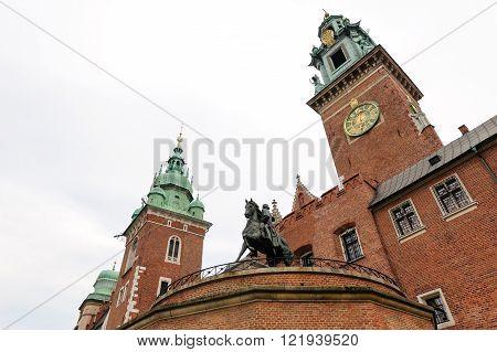 Tadeusz Kosciuszko monument, Sigismund tower and clock tower at Wawel
