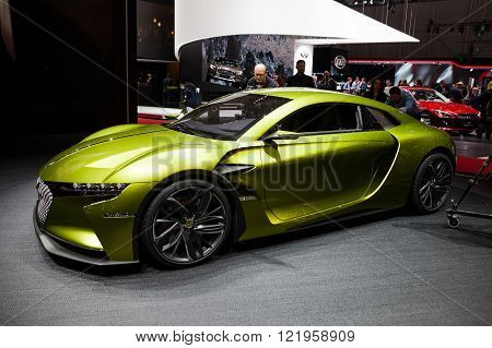 Citroen DS E Tense Electric Performance Concept