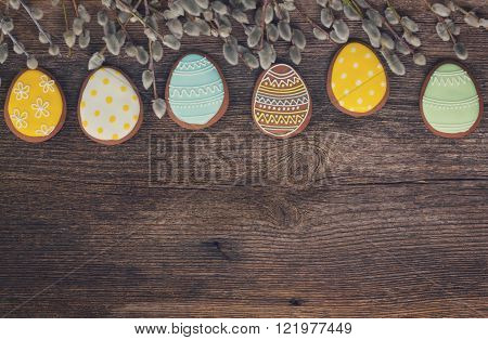 Easter border with eggs