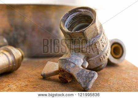 fittings for drain pipes made of steel rust