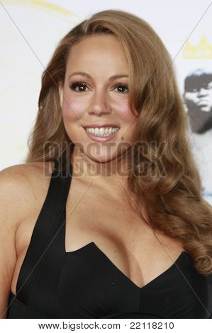 LOS ANGELES - NOV 1: Mariah Carey  at the screening of 'Precious: Based On The Novel 'PUSH' By Sapphire' during AFI FEST 2009 in Los Angeles, California on November 1, 2009