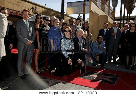 LOS ANGELES - DEC 18: Arnold Schwarzenegger, James Cameron and Sigourney Weaver with t at a ceremony as James Cameron receives a star in Los Angeles, California on December 18, 2009