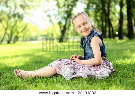 Retrato de una niña en el Parque