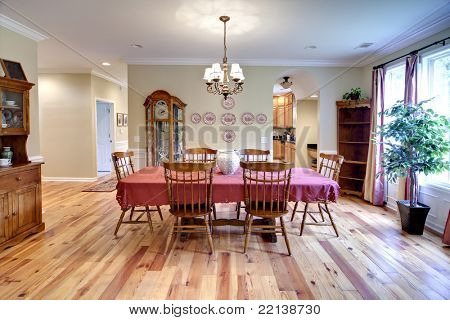 traditional diningroom with oak furniture and oak floors