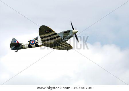Spitfire T9
