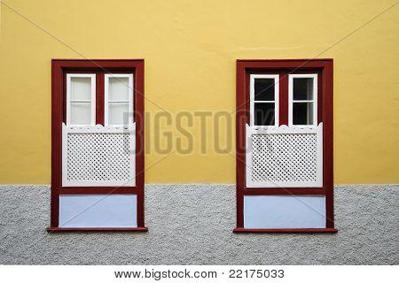 Canary Windows Style