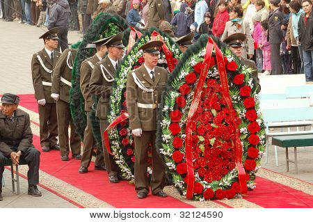Wreath Laying Ceremony May 9