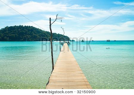 Boardwalk Admire Jetty to Eternity