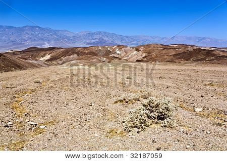 Driving On The Interstate 187 In Death Valley Direction Badwater