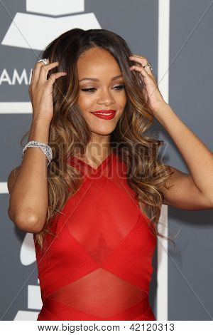 LOS ANGELES - FEB 10:  Rihanna arrives at the 55th Annual Grammy Awards at the Staples Center on February 10, 2013 in Los Angeles, CA