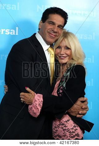 LOS ANGELES - JAN 06:  LOU FERRIGNO & wife CARLA arriving to TCA Winter Press Tour 2012: NBC Party  on January 06, 2012 in Pasadena, CA