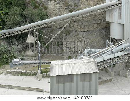 Gravel Mill Detail