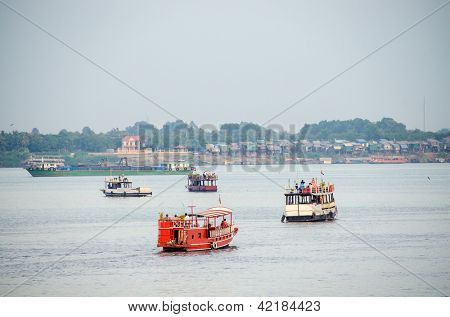 Cambodia, Phnom Penh, boats on Mekong river