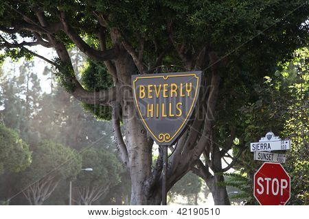 Beverly Hills Sign Post