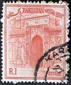 Pakistan - Circa 1961: A Stamp Printed In Pakistan Shows Chota Sona Masjid Gate, Circa 1961