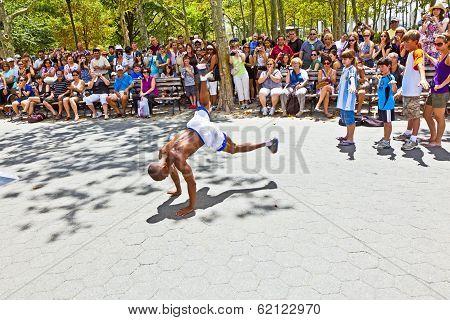 Street Performance In Battery Park