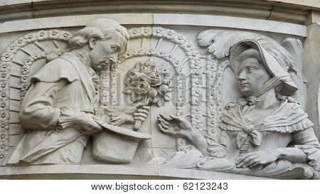 Sculpture Of A Couple, New Town Hall Of Hanover, Germany