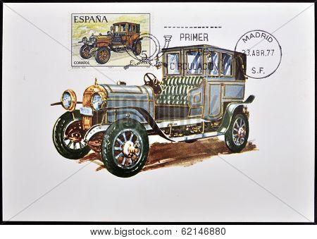A stamp printed in Spain shows a classic car Elizalde 1915