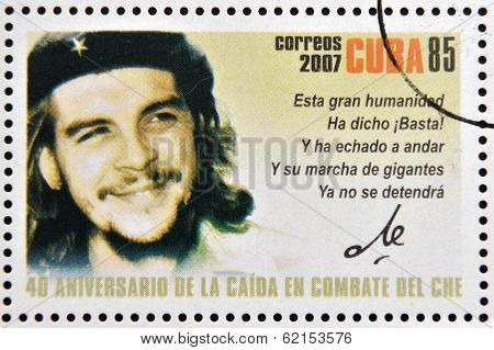 Stamp dedicated to 40th anniversary of the fall in combat of Che shows portrait of Che