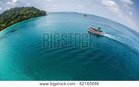 Aerial view of the boat heading to the tropical island of Koh Wai, Thailand