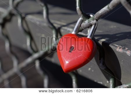Red Lock For Love