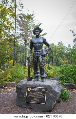 Civiian Conservation Corp Statue In Minnesota