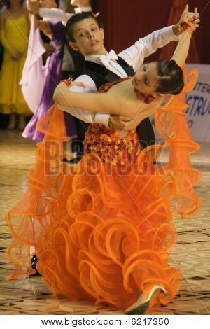 Dancers: Dragos Ana/Diandra Iles