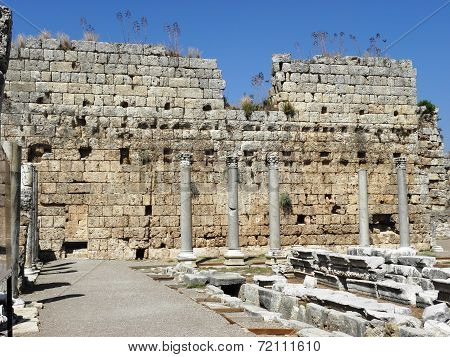 Great Roman baths in the ancient Perge.