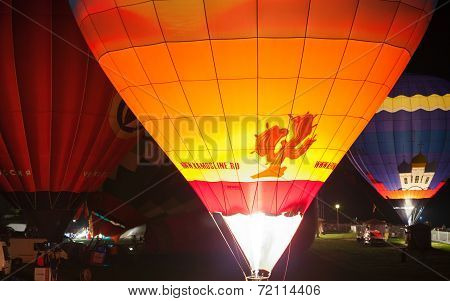Night light show with bright ballons