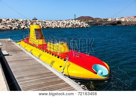 Touristic Submarine At Tenerife - Canary Spain