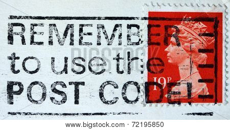 UNITED KINGDOM - CIRCA 1989: An English Used Postage Stamp showing Portrait of Queen Elizabeth