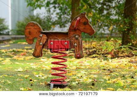 swing wooden horse