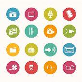 Постер, плакат: Movie Icons Circle Series Eps 10