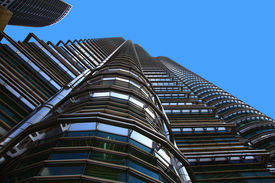 picture of petronas towers  - View of the Skyscrapers  - JPG