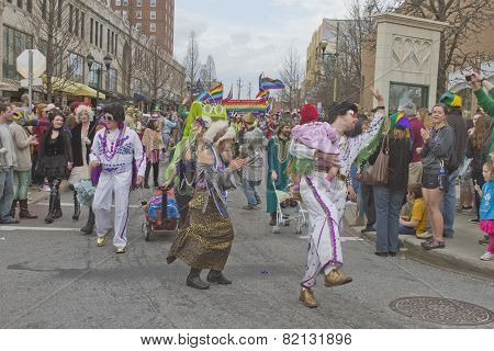 Frolicking Elvis In The Mardi Gras Parade