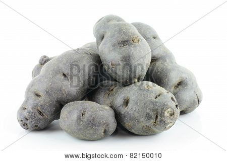 Vitelotte noir or purple potato