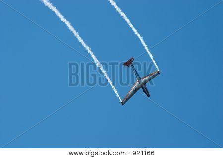 Glider Aerobatic