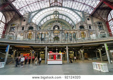 Antwerp, Belgium - May 11, 2015: People In Main Hall Of Antwerp Central Station.