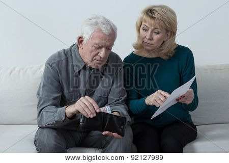 Elderly Marriage And Their Financial Problems