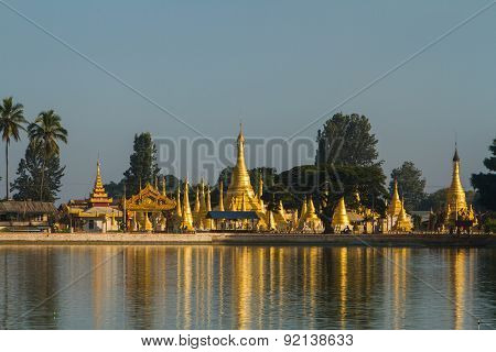 Stupas on Pone Taloke Lake