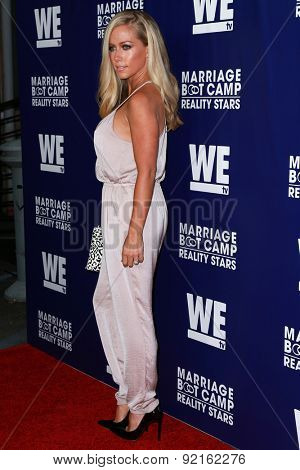LOS ANGELES - MAY 28:  Kendra Wilkinson at the WE tv's